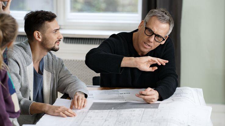 baufinanzierung zinsen g nstig langfristig aufw rtstrend. Black Bedroom Furniture Sets. Home Design Ideas